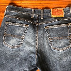 """BLOWOUT SALE! 🍀Lucky Brand """"Dungarees"""" Jeans🍀"""